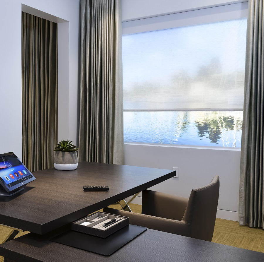 High-end home office with Automated shades