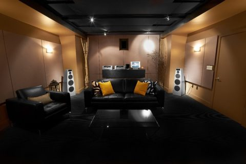 How to Build the Perfect High-End Audio Listening Space