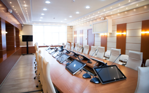 Hosting Productive Meetings with Innovative Boardroom Technology